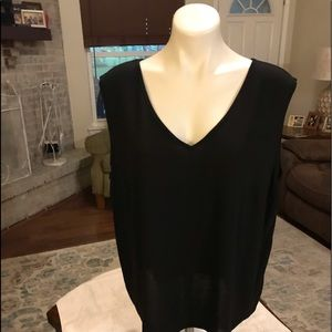 NWT Antthony originals 2x cardigan and tank set